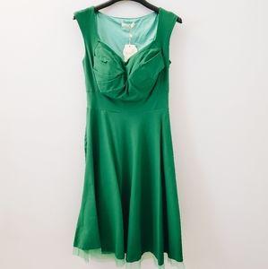 Vintage Sweetheart Neck Midi Dress